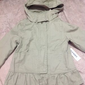 New old navy jacket size 4t